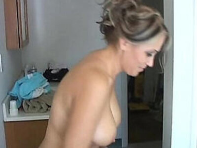 older  pretty  pussy  sexy   porn video