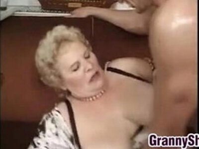 busty  cock  enjoying  fat   porn video